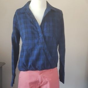 Madewell plaid cross front button down shirt